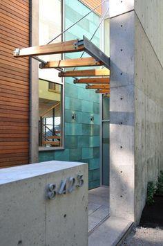 Entrance Dorsey Residence / Coates Design