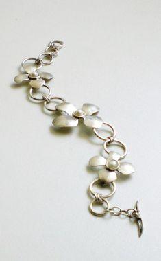Sterling Silver Bracelet Flowers Bracelet Pearls by LaSe