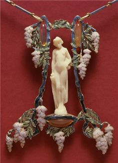 Rene Lalique necklace