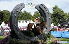 Andrew Heffernan of the Netherlands competes during the cross-country match of equestrian event at London 2012 Olympic Games, London, Britain, July 30, 2012. (Xinhua/Gaesang Dawa)