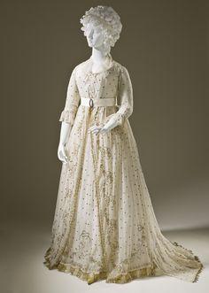 dress 1795