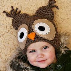 Chapéu de crochê de coruja