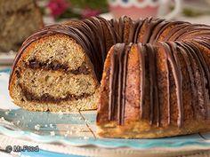 Banana Chocolate Swirl Cake - Banana and chocolate? What could be better?!