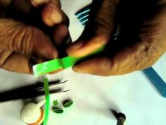 method of quilling a leaf