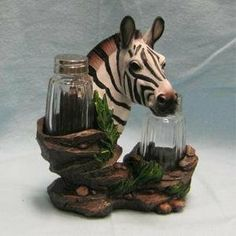 Zebra Salt and Pepper Shaker. Made of Polyresin Material. Perfect for Kitchen Decor.