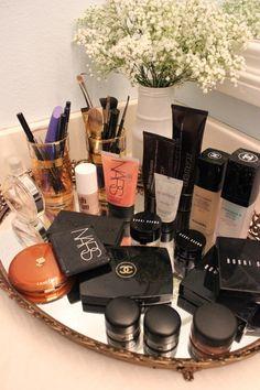 pretty makeup display