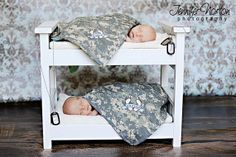 Oh my goodness..anybody having twins I can photograph?    Newborn Twins Photo Prop Bunk Bed with by TurtlePondWoodWorks,