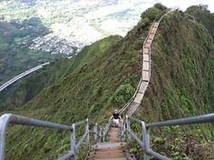stairway to heaven hike Oahi Hawaii