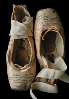 . slippers, pointe shoes, point shoe, dream, toes, memories, veronica, ballet shoes, dance