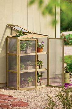 Patio Grow House // perfect for small spaces