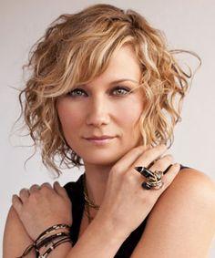 Jennifer Nettles Hair