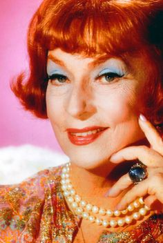 Agnes Moorehead as 'Endora' in Bewitched (1964-72, ABC)