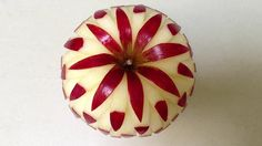 7 Awesome Apple Carvings from Mutita Edible Art
