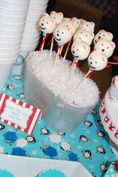 polarbear cakepop, birthday parti, onederland parti, winter onederland, polar bears, vanilla cake, cakes, 1st birthday, cake pops