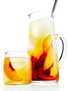 Need a summer drink to cool you down? From the #RRMenuPlanner, mix up a pitcher of Bourbon & Peach Sweet Tea Punch for your patio party!  -4 cups sweetened ice tea -3 cups bourbon -2 cups bottled peach nectar -1 cup fresh lemon juice -fresh or frozen sliced peaches