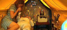 Royal Tenenbaums fort film, royal tenenbaum, moon, tents, comfort thing, wes anderson, scene, kids, dens