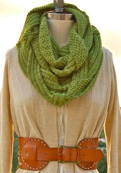 Gorgeous #knit Challah Infinity Scarf on Ravelry.  Definitely making this for next fall!