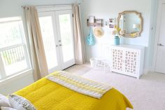 bright yellow + blue bedroom