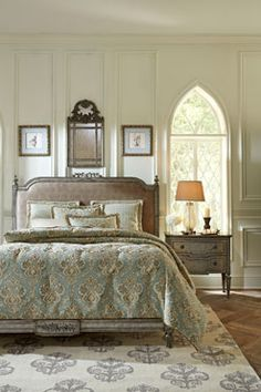 Balustrade rug in Ivory from the @Biltmore collection adds southern charm to this bedroom! #CapelRugs