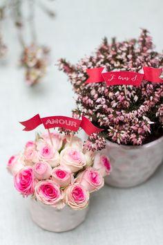 topper - http://www.unbeaujour.fr/blog-mariage/doityourself/diy-les-petites-banderoles/