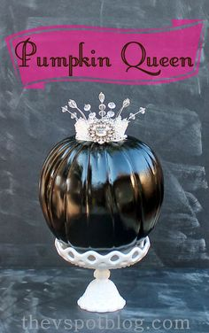 A fun DIY to glam up your pumpkin with crystals and a crown.  Click through for a tutorial to give your pumpkins a royal treatment! :)