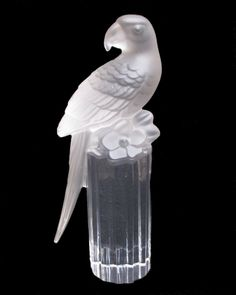 Goebel of Germany Crystal Macaw Parrot Sculpture from Antique Beak