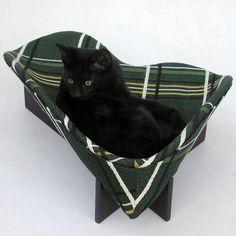 Gorgeous cat beds by littlekittysville on @Etsy!