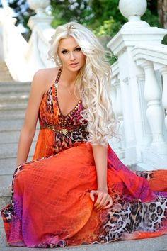 Love this dress!! <3