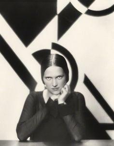 Paul Tanqueray: Portrait of Ethel Mannin, 1930.