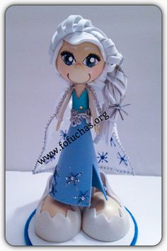 Elsa fofucha Pen. Pen decorated with foam sheets to create Elsa. Character from Frozen  Visit us at www.facebook.com/FofuchasHandMadeDolls #Frozen #Elsa #fofuchas