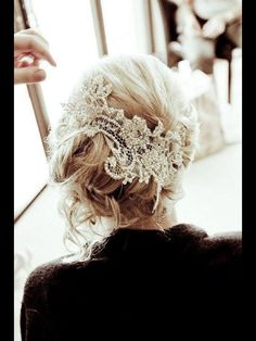 Wedding or not...I love this look for an everyday hair up do.