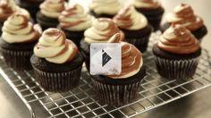 One-bowl chocolate cupcakes