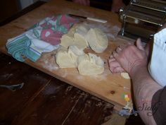 RECIPES FROM SICILY: an EASY AUTHENTIC recipe for home made pasta! =)