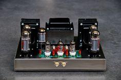 Dynaco ST 70 amplifier