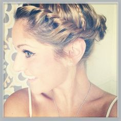 Anyother easy wet hair up do! With wet hair, part over to one side. Make 3 separate smaller braids a few inches apart going down the side of your head. You wont need to tie them at the bottom because the wet hair will hold the braid. Start from the top and start twisting until you get to the back of the head. Bobby pin in place and do the same to the other side. Take remaining hair in the back and put into messy bun! #hair #wethair #easy #updo #fall #fashion #braids #twist