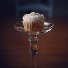"#cupcake advice from a customer: ""Start from the center of the cupcake and swirl outwards to achieve this look. "" - Josephine B. #photo"