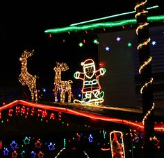 Recommended SLR camera settings for Christmas lights at night