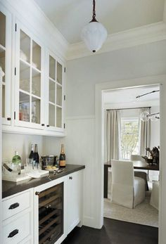 Classic House via La Dolce Vita- Butlers Pantry