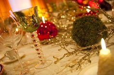 Christmas Dinner Table: Love the glittered branches...