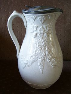 9.5in tall 1860s English Staffordshire syrup pitcher with great pewter lid. beauti china, pewter lid, 19th centuri, charm dish, vintag blue, white china, centuri glasswar, blue white
