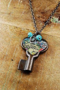 Steampunk Necklace // VINTAGE Heart