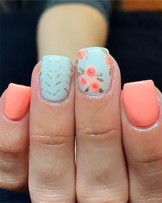 Cute short nail colors floral nails for spring 2019 #springnails #springnailart #springnaildesigns #floralnails