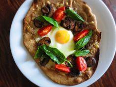 mushroom, tomato & basil breakfast pizzas