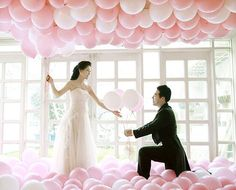 http://just-balloons.com/yahoo_site_admin/assets/images/Balloon-Wedding-Decorations-3.245105729_std.jpg