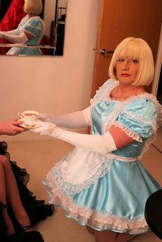 Sissy maid serving mistress