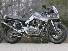 Suzuki GSX 1100 S Special by Advantage