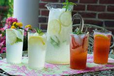 Old Fashioned Lemonade recipe and tutorial.  Make regular or strawberry lemonade.  Yummeeee!