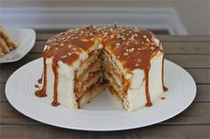 Dulce de Leche Vanilla Cake - oh my.  my hubs might be getting this for his next bday.