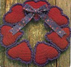 free crochet Valentine Heart Wreath pattern