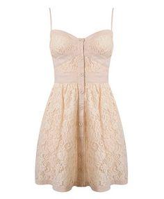 beautiful sun dress: Wish I could wear something like this.